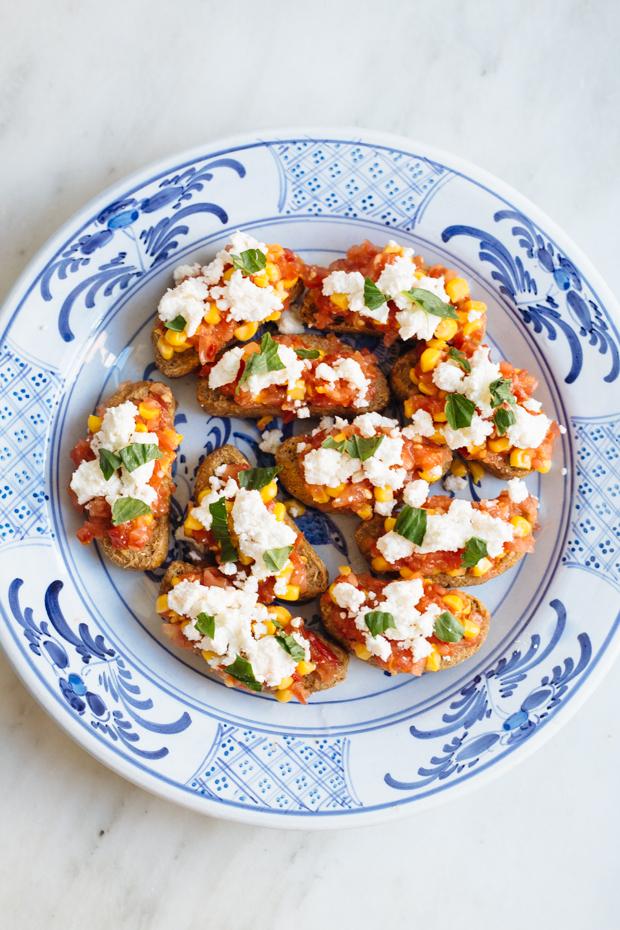 Spicy tomato & corn dakos