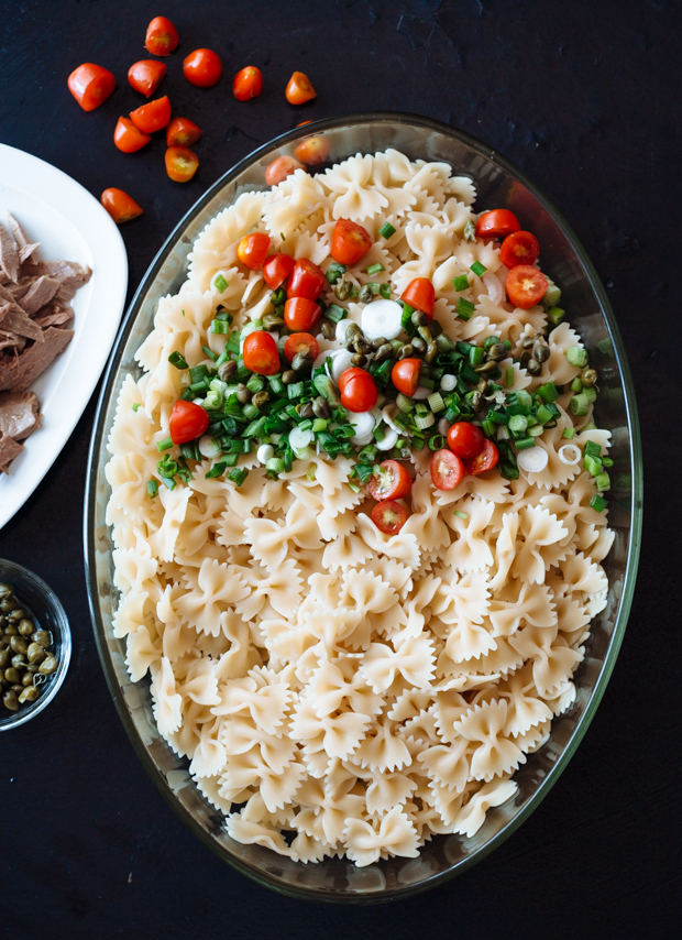 Fresh tomato & tuna pasta salad