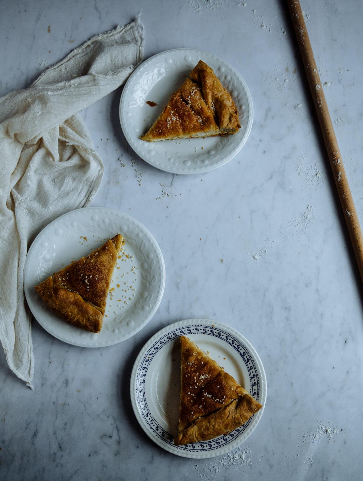 Feta, spring onion & dill pie (tyropita)