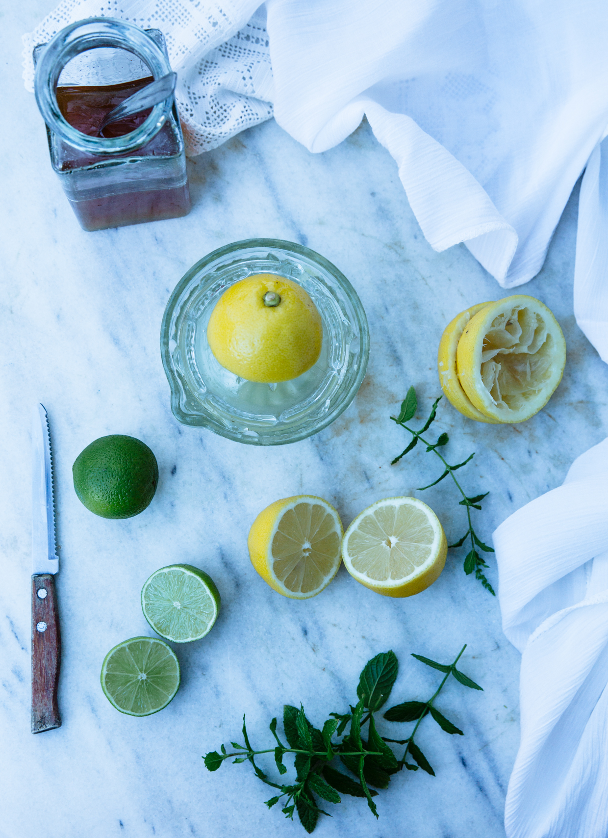 Lemonade with lime, spearmint & honey