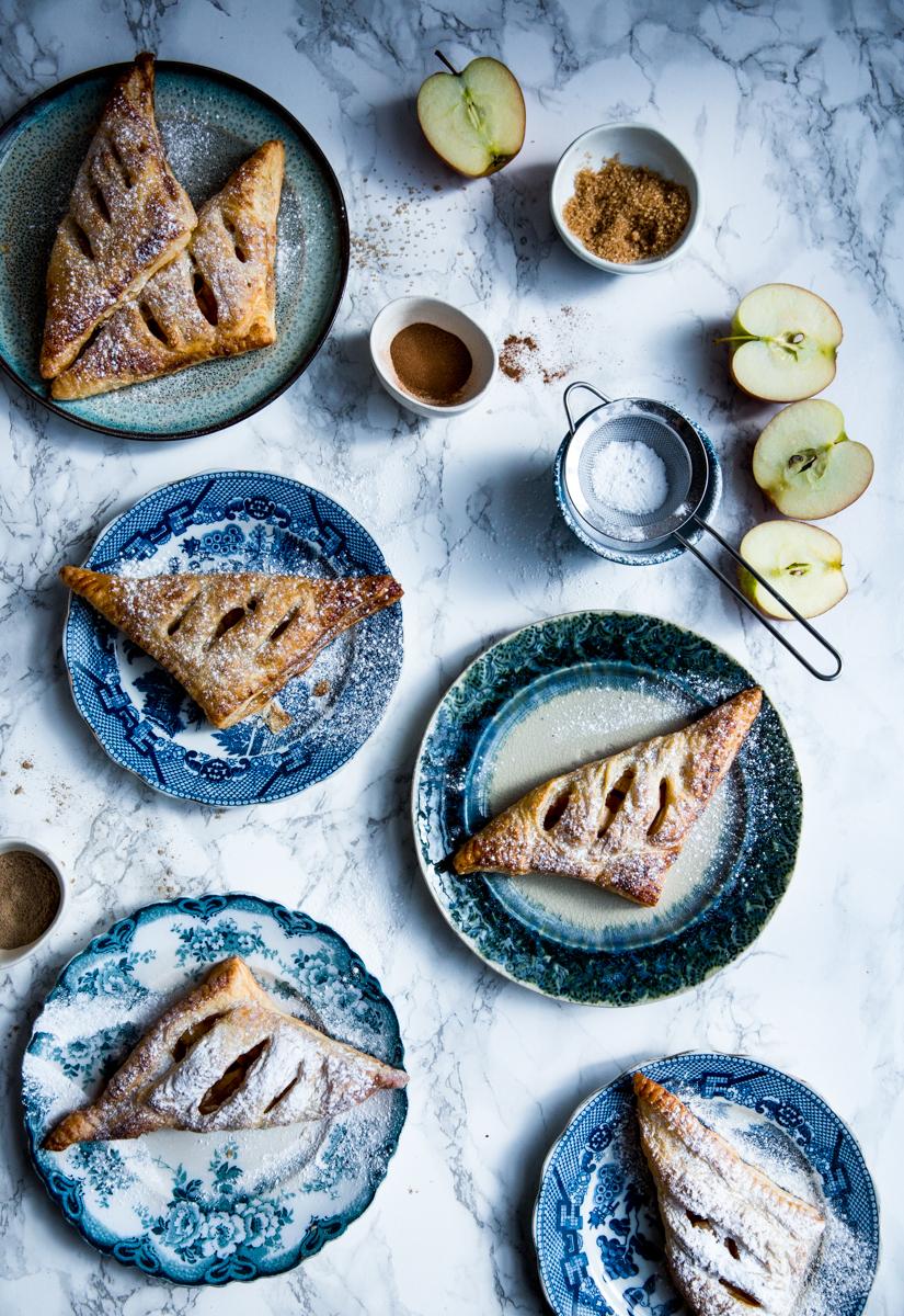 Cinnamon & lemon mini apple pies